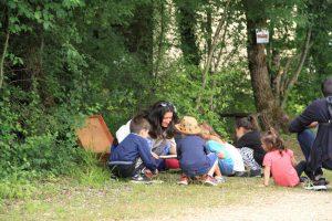 Des enfants sensibilisés à la biodiversité et à l'environnement par le jeu