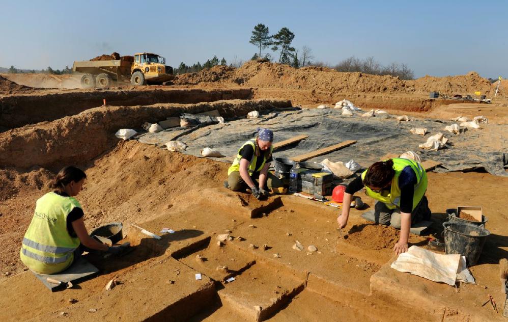 photo fouilles expo archeo